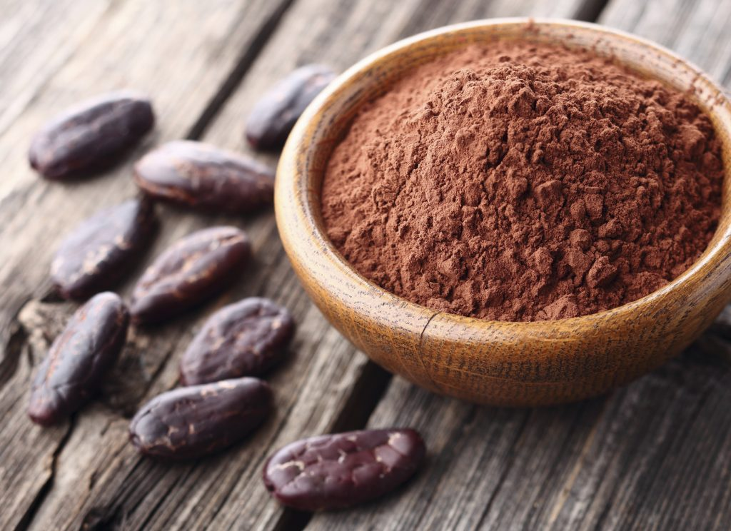 Cacao powder with cacao beans