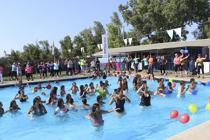 deportes-de-piscina-ejercicio-veraniego-1