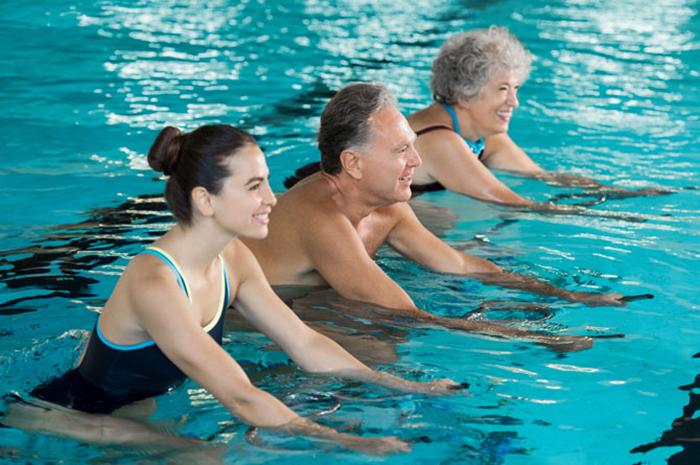 deportes-de-piscina-ejercicio-veraniego-2
