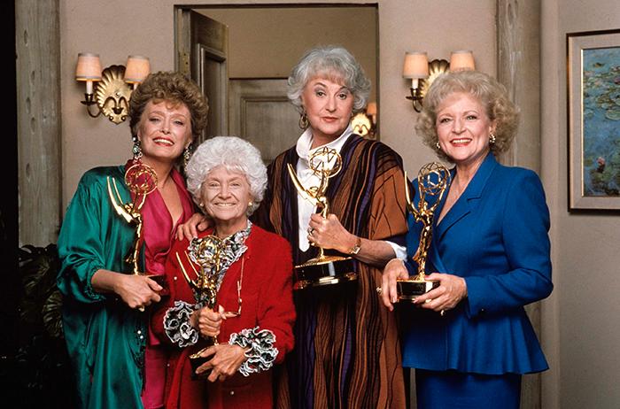 Cada Chica De Oro Con Su Emmy