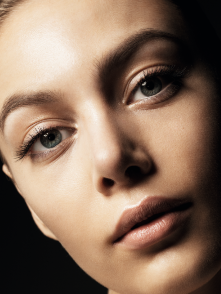 Imagen de la campaña de Estée Lauder para estatemporada: VIva el nude