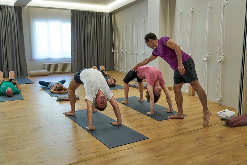 El Gong Club De Yoga