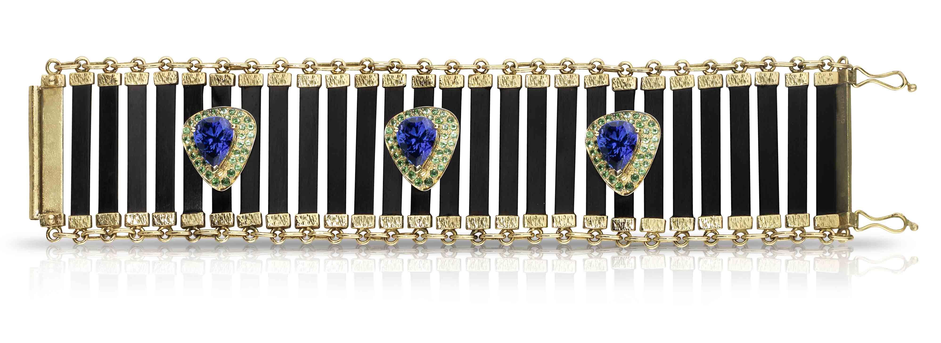 84f10a0414c2 Las joyas de Luis Uribetxebarria en el Hotel Ritz de París