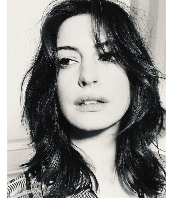 Anne Hathaway Cambio Look