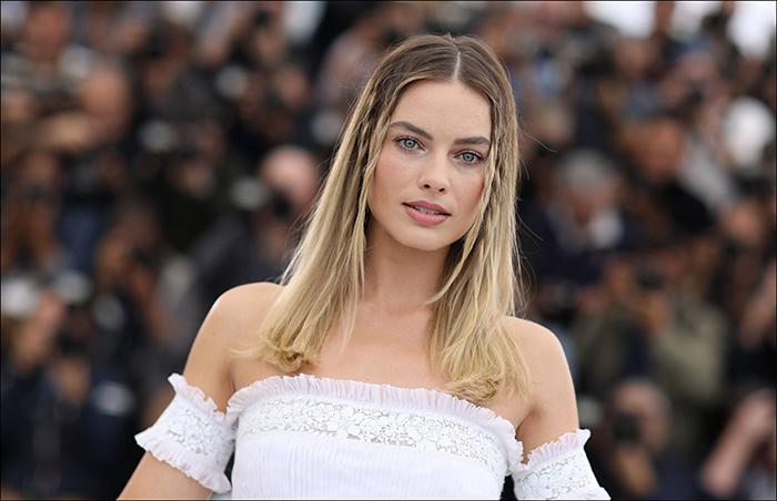 Margot Robbie Chanel Beauty