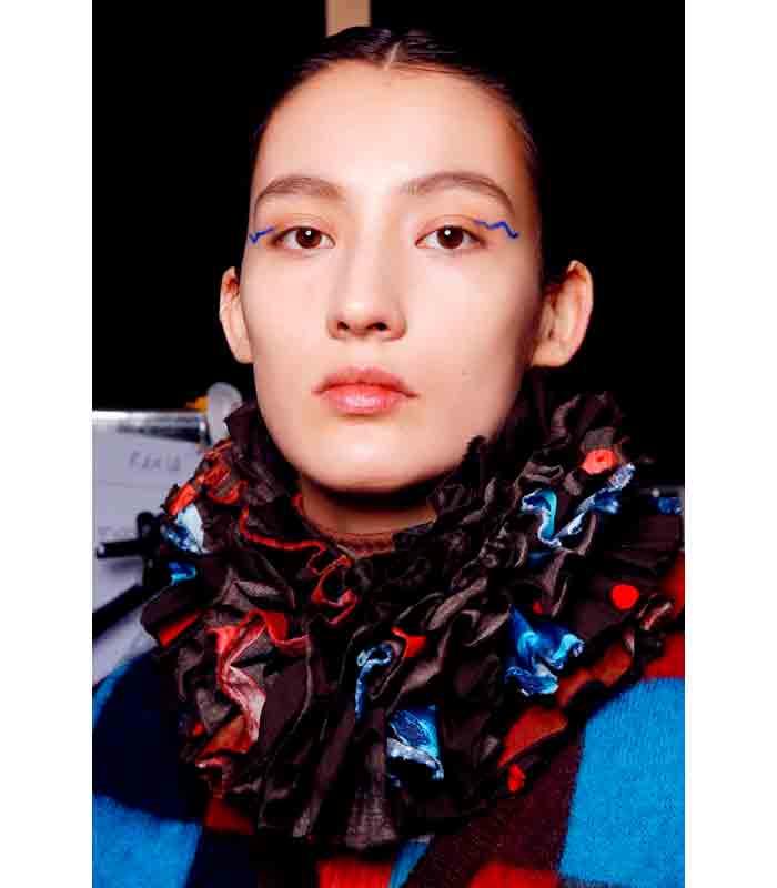 Maquillaje Otoño Invierno 2019 2020 Arthur Arbesser