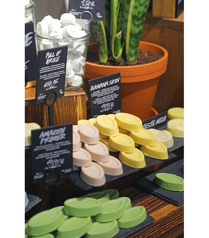 Lush Zero Waste Naked Shop Berlin