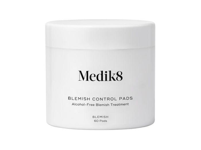 Parches Medik8 para acné