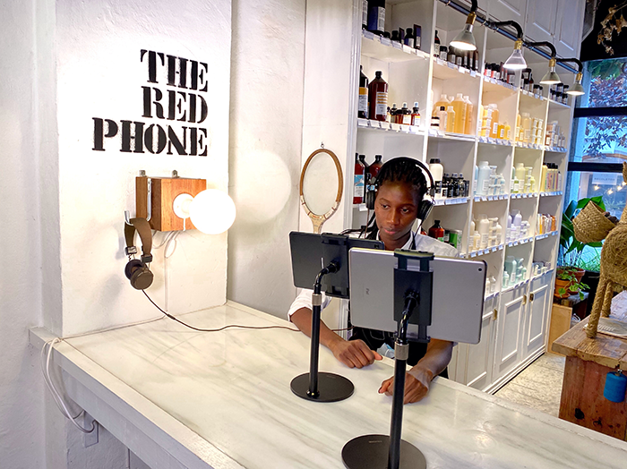 Colorista Isaac Salido telefono rojo