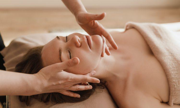Terapia Manual Rejuvenecimiento Facial Lifting
